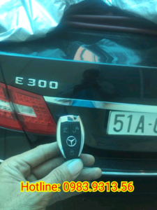 Chìa Khoá Xe Mercedes C300